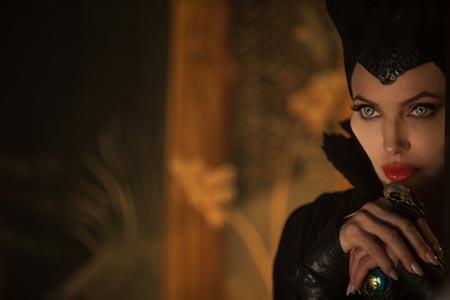 اولين عكس از «ويوين جولي پيت» در نقش پرنسس آئورورا