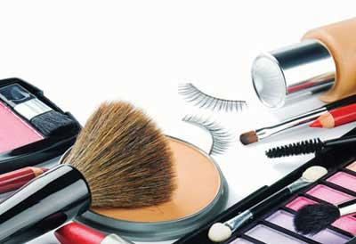 رابطه لوازم آرایشی و سردرد