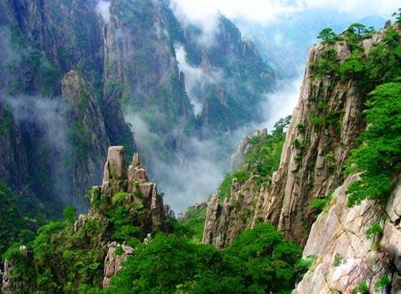 کوههای زیبای هونگ شان در چین +عکس