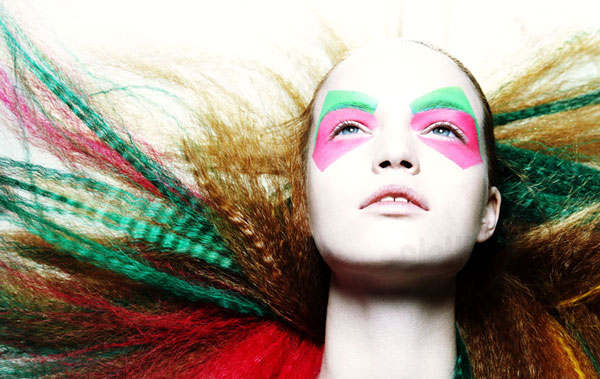 زنان با آرایش کمتر برای مردان جذاب تر هستند!