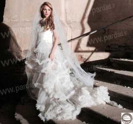 شکیرا در لباس عروس همه را شگفت زده کرد +تصاویر