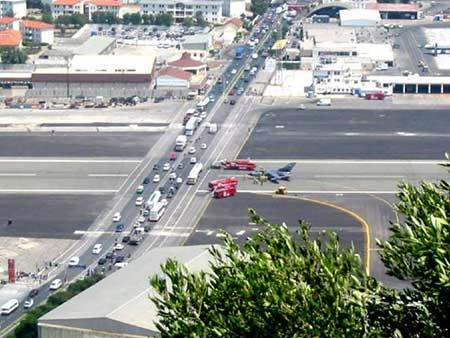 خطرناکترین فرودگاههای دنیا + تصاویر