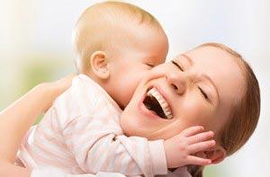 خواص و فواید شیر مادر برای فرزند