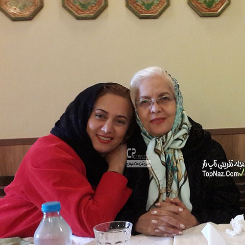 تبسم هاشمی و مادرش