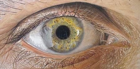 نقاشی زیبا از چشم و لب با مداد