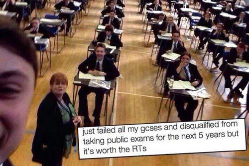 عکس سلفی احمقانه یک دانشجو!!