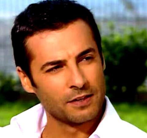 باریش کلیچ در نقش صدام در سریال فریحا