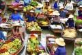 بازاری زیبا در تایلند که روی آب است! +عکس