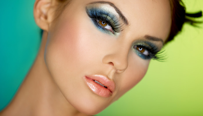 با آرایش بیشتر جذاب می شوید یا کمتر؟