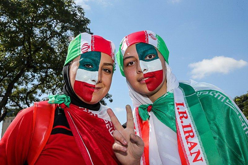 عکس دختران ایرانی تماشاگر بازی ایران و آرژانتین
