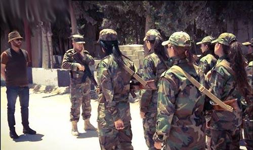 زنان نظامی (1)