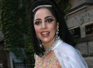 لباس عروس لیدی گاگا Lady gaga (2)