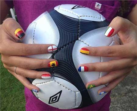 جدیدترین طراحی ناخن به سبک جام جهانی 2014, جدیدترین طراحی ناخن