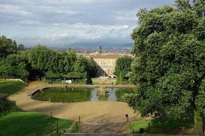 كاخ هاي سلطنتي اروپا,زیباترین کاخ های اروپا,مکانهای تاریخی جهان