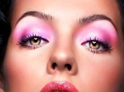 مدل های آرایش چشم صورتی