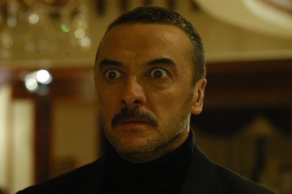 عکس های کندال در سریال رز سیاه