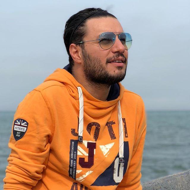 بیوگرافی جواد عزتی ؛ زندگی شخصی و ازدواج با مه لقا باقری و عکس های همسرش