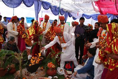 رسوم مردم هند, مراسم سنتی هند