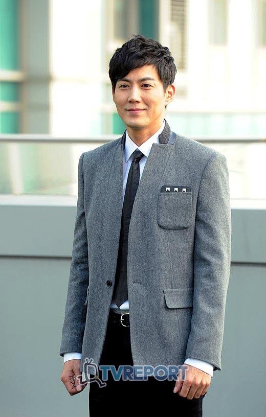 جانگ وو جین در سریال هزاران بوسه