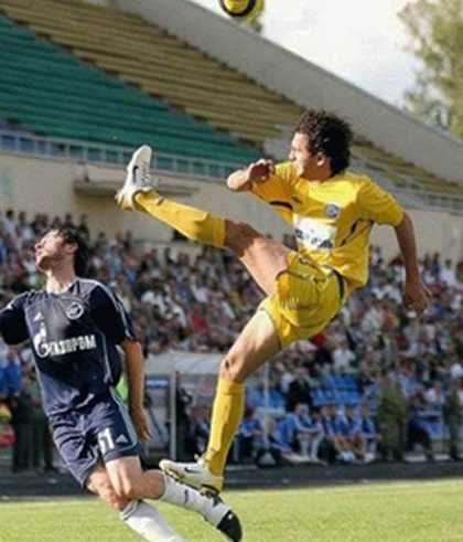 عکس هایی از خنده دارترین صحنه های تاریخ فوتبال