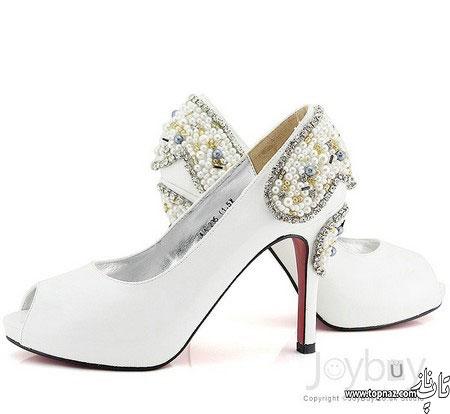 کفش عروس مهره کاری شده