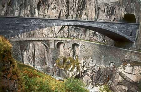 عکس های پل شیطان در سوئیس
