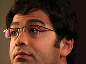 واکنش فرزاد حسنی به سوال خبرنگار در مورد جدایی از آزاده نامداری