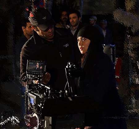 تیپ متفاوت نیکی کریمی در پشت صحنه فیلم شيفت شب