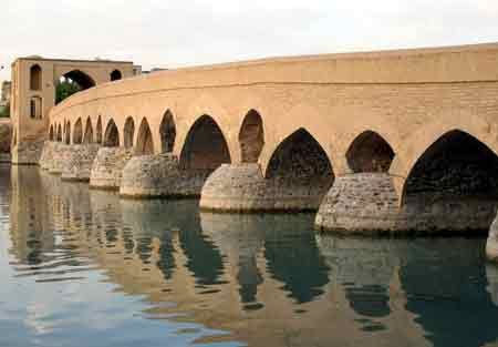 معرفی ده پل تاریخی و زیبای ایران