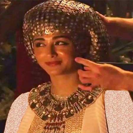 عکس گلشیفته فراهانی در نقش همسر فرعون