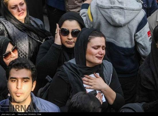 چشمان اشکبار هواداران مرتضی پاشایی
