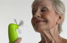 با گیاهان دارویی عوارض یائسگی را کاهش دهید