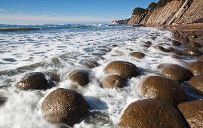 ساحل توپ های بولینگ,عجایب گردشگری,پدیده های عجیب و غریب