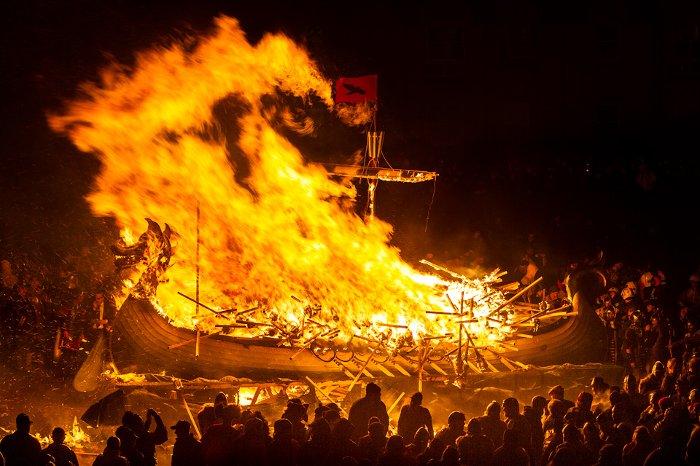 wiking-ship