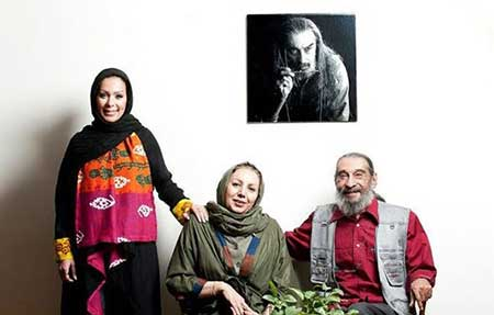 انوشیروان ارجمند همسر و دخترش