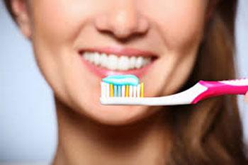 بدترین مواد غذایی برای دندان