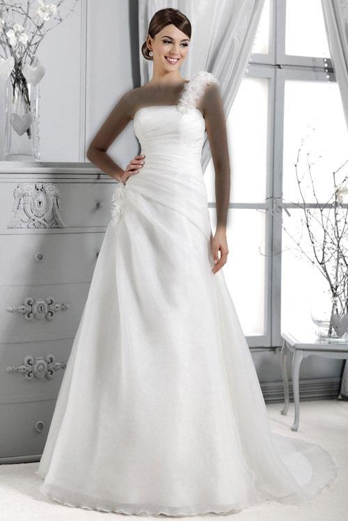 لباس عروس Model (12)