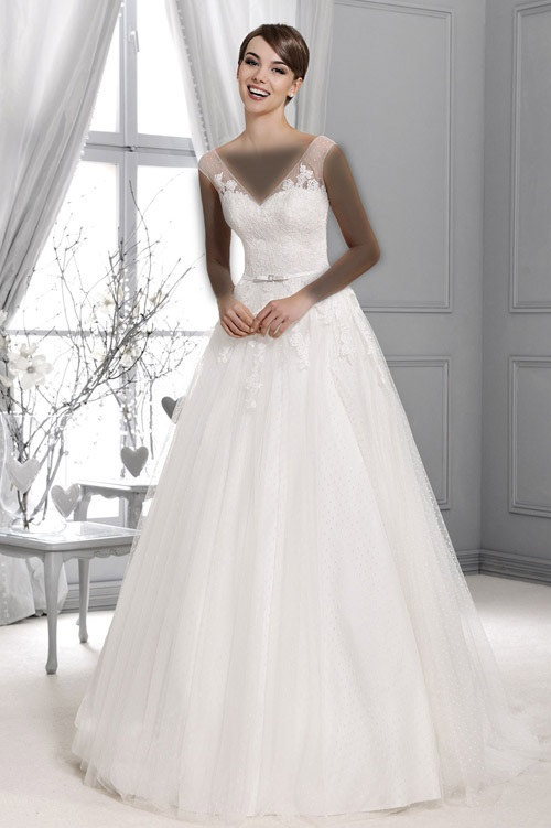 لباس عروس Model (2)