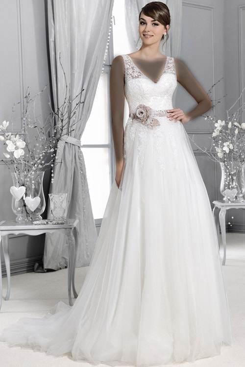 لباس عروس Model (3)