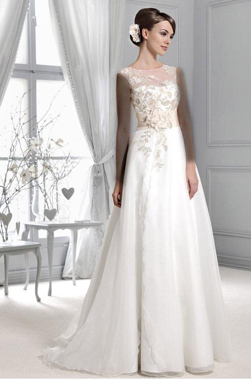 لباس عروس Model (4)