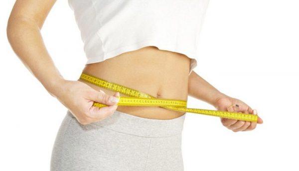 بدن زن لاغر و خوش اندام