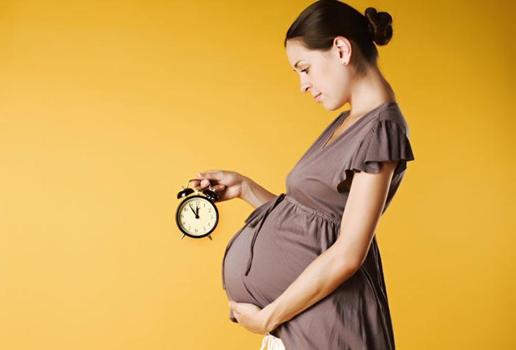 Photo of خرافات عجیب و دروغ در مورد بارداری