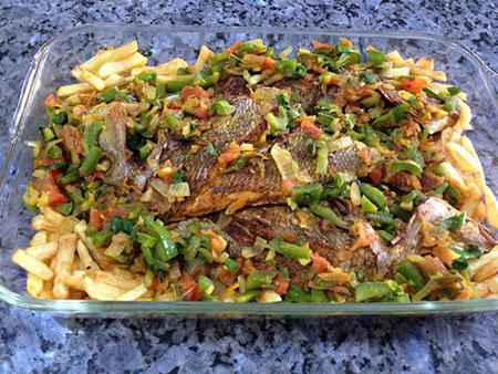 تهیه ماهی با سبزیجات در فر برای عید نوروز