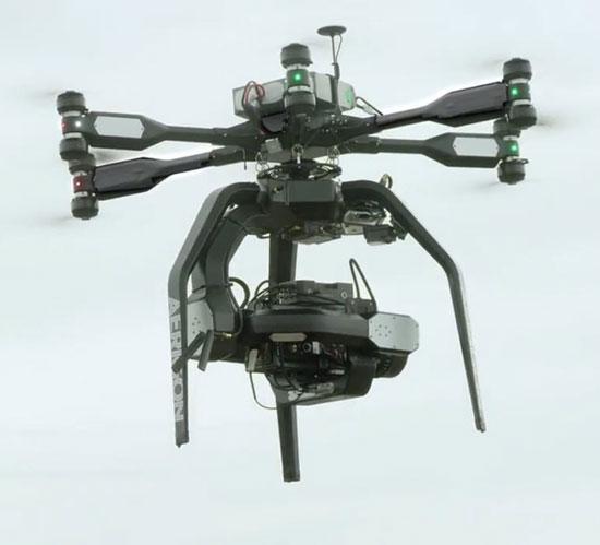 مجموعهای از عکسهای هوایی بینظیر که با هواپیماهای کوچک بیسرنشین گرفته شدهاند (و گرفتن آنها در حال حاضر به این صورت غیرقانونی است!)