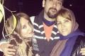 عکس ماریه ماشاالهی در کنار برادر و مادرش