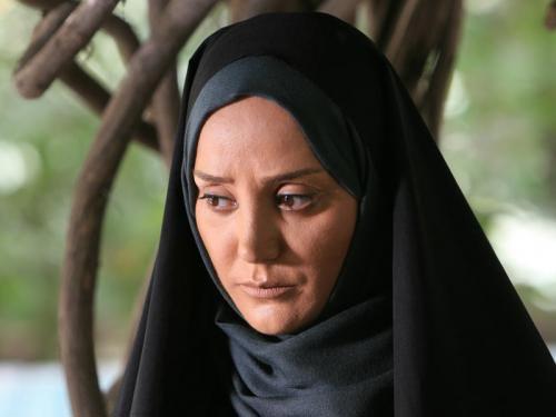 مینا لاکانی