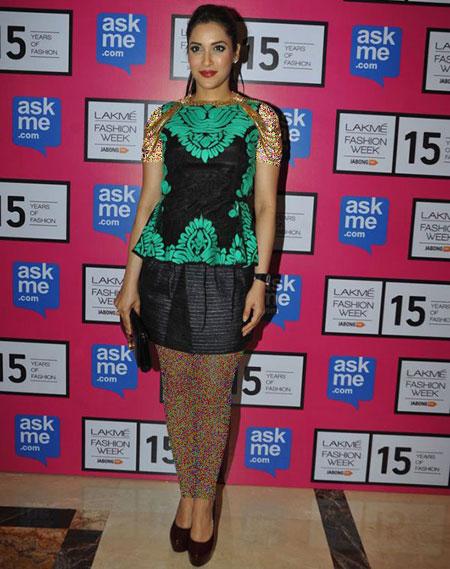 بهترین لباس ها در هفته مد در بالیوود,مدل لباس راشیم نیگام در هفته مد