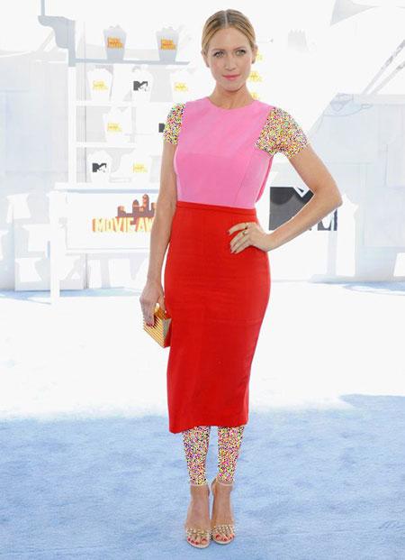 لباس ستارگان هالیوودی در مراسم Mtv Movie Awards,جدیدترین مدل لباس ستارگان هالیوودی