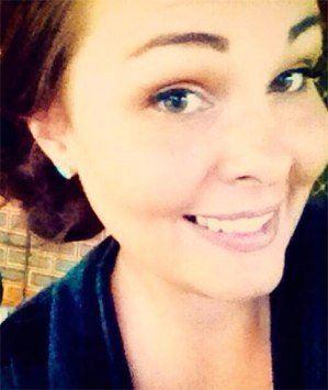 زن 27 ساله به دلیل استفاده از مواد آرایشی فلج شد!