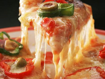 مضرات فست فود , پیتزای مخصوص
